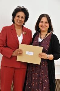 Dr Savita Kumra 1